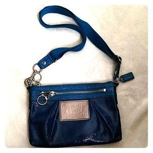Coach poppy patent leather swingpack